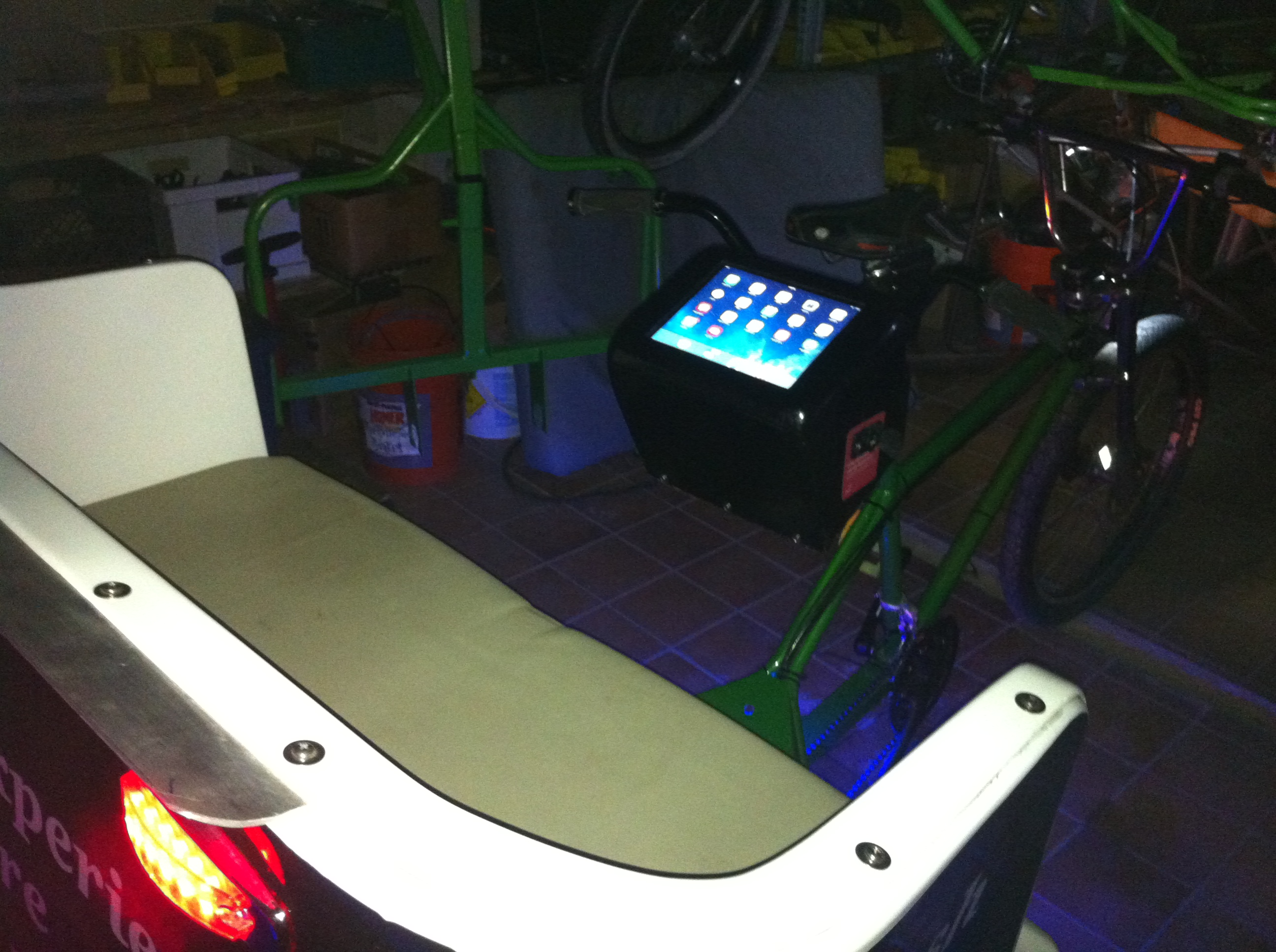 In pedicab iPad stations