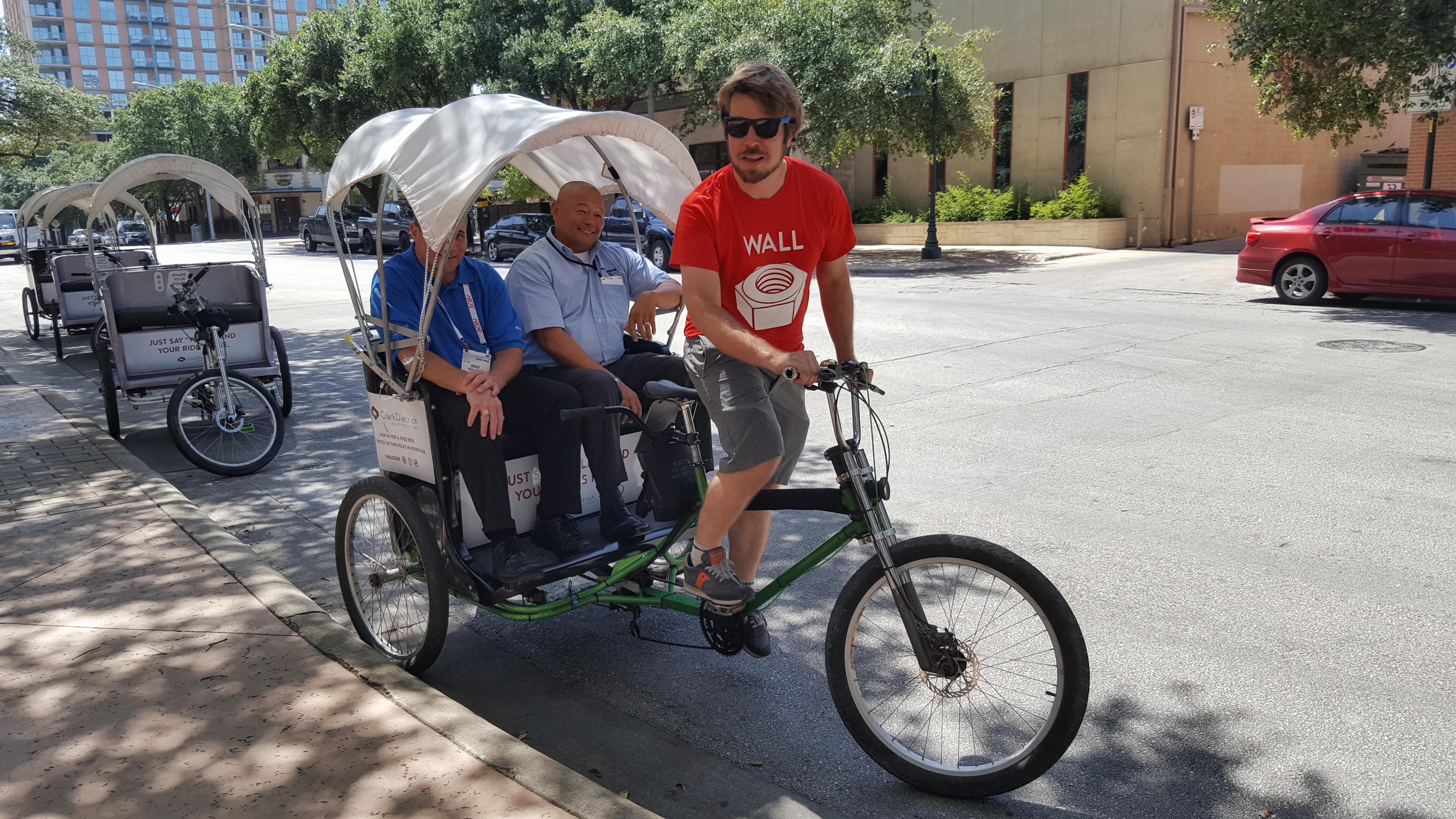 pedicab advertising glossary movemint bike cab. Black Bedroom Furniture Sets. Home Design Ideas